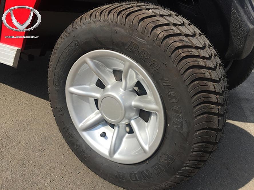 Lốp xe là bộ phận quan trọng để đánh giá chất lượng xe điện cũ