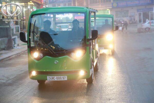 Xe điện 4 bánh: phương tiện du lịch phố cổ