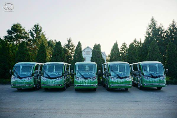 Tùng Lâm bàn giao 5 xe điện cho công ty TNHH Du lịch quốc tế Group Tour