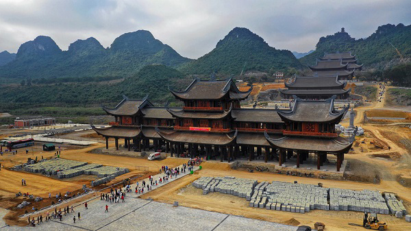 Henan: Improve the number of electric vehicles serving the needs of spiritual tourism