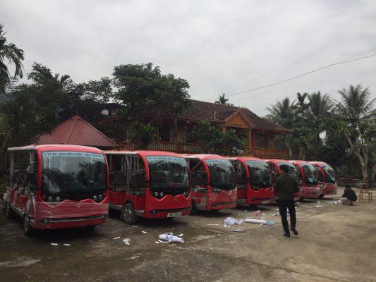Xe điện du lịch tại khu di tích chùa Tiên, Hoà Bình