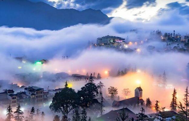 Khám phá Sapa mờ sương bằng xe điện du lịch
