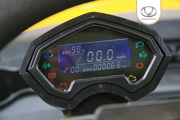 Cận cảnh mẫu xe điện Việt VNE.CAR S4+2D đủ điều kiện tham gia giao thông đầu tiên